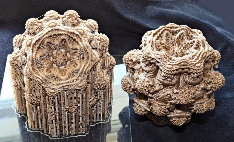 Mandelbulb_Pair_Forums